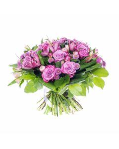 Enchanting Mixed Rose Bouquet