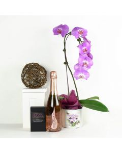 Floral Treasures Flowers & Champagne Gift