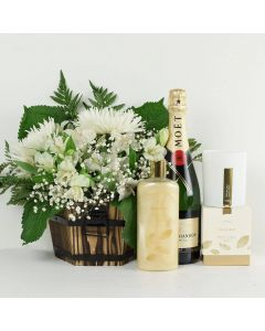 Heavenly Scents Flowers & Champagne Gift