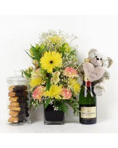 The Extravagant Floral Sunrise Mixed Bouquet Floral Gift Set
