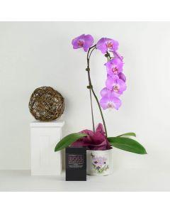 Floral Treasures Flowers & Chocolate Gift
