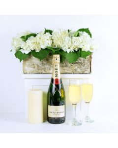 """""""It's Time to Celebrate"""" Flowers & Champagne Gift"""